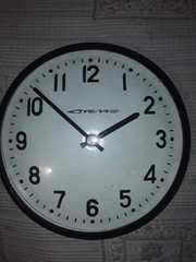 продам уличные ретро часы  В рабочем состоянии.